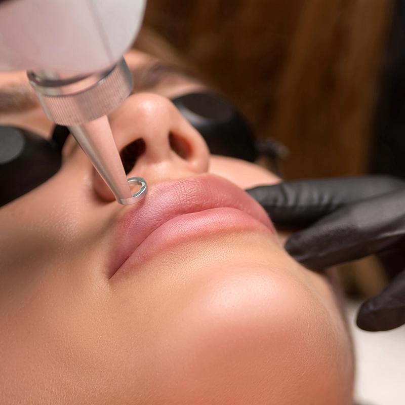 Удаление перманентного макияжа/губы