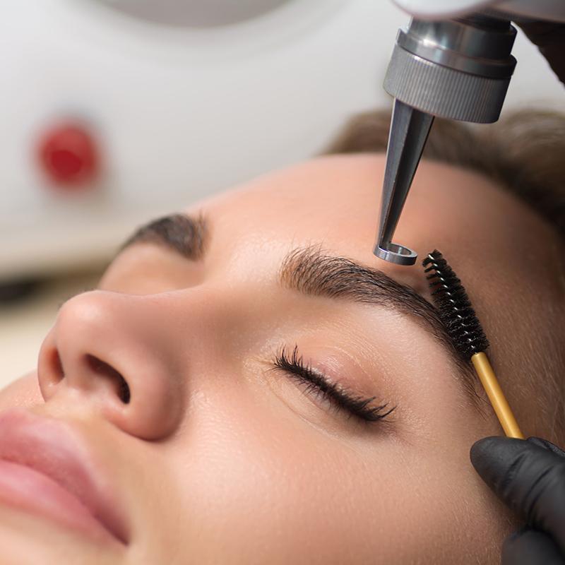 Удаление перманентного макияжа/брови